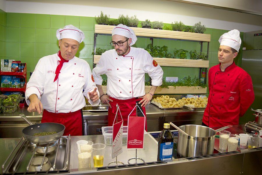 1-Chefovi Aspire i Zoran Delić, Podravkin specijalist kulinarstva