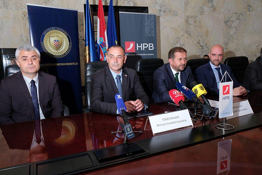 1-Ministar hrvatskih branitelja Tomo Medved i predsjednik Uprave HPB-a Tomislav Vuic