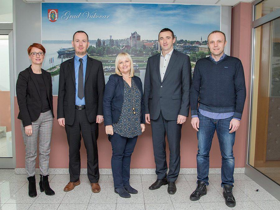 1-Tvrtka K pivovari potpisala ugovor s Vukovarskom pivovarom