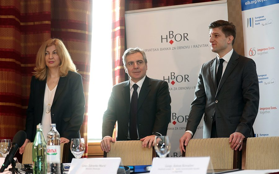 1-voditeljica riznice Valamar Riviere Nataša Bereš_potpredsjednik EIB-a Dario Scannapieco i ministar financija RH Zdravko Marić