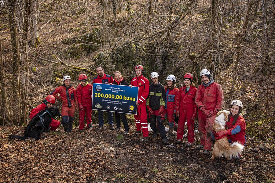 Lidl Hrvatska donirao 200 tisuća kuna inicijativi Čisto podzemlje za čišćenje jama i špilja