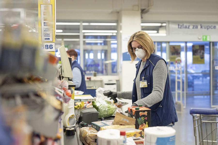 METRO će zaposlenicima u prodajnim centrima isplatiti nagradu od 1.000 kuna